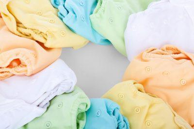 Kolorowe-ubranka-dla-dzieci