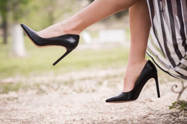 Eleganckie obuwie – jakie fasony wybrać?